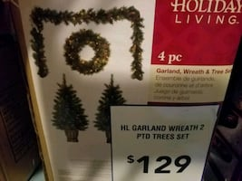 Christmas Wreath Set (Sealed)