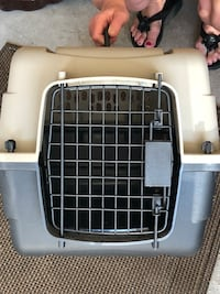 Small Pet Carrier 1315 km