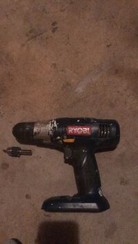 ryobi drill no battery or charger, comes with different bits too Sicklerville, 08081