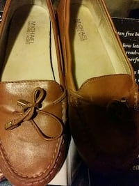 pair of brown leather loafers Akron, 44312