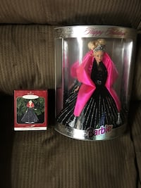 Barbie Happy Holidays in box