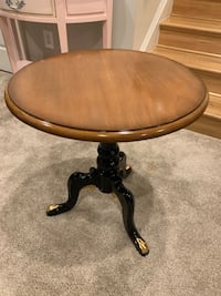 Coffee table round Rockville, 20850