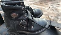 pair of black leather work boots Odessa, 79764