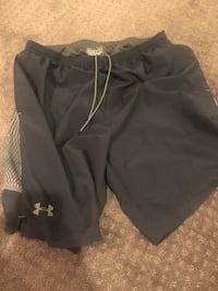 Nike and Under Armour Men's shorts size Large Leesburg, 20176