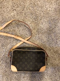 Louis Vuitton bag Edmonton, T6J 2M6