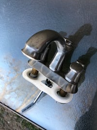 Brushed nickel faucet for only 30$ Hyattsville, 20782