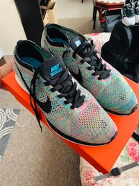 Nike flyknit racer multicolor size 12 Victoria