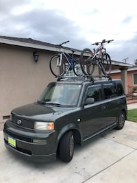 New in box 2 x Roof Bike Rack with Lock and 4 Keys South El Monte, 91733
