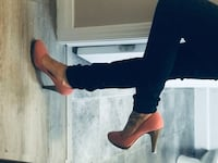heels SIZE 7.5 Kitchener, N2R 0J1