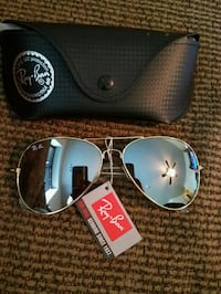 silver framed Ray-Ban aviator sunglasses with case 2278 mi