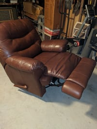 brown leather recliner swivel rocker sofa chair null