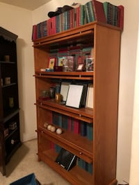 brown wooden shelf with cabinet Las Vegas, 89128