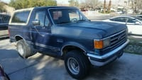 Green bronco  4x4  truck $ 800 no running as is o.b.o. asap