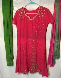 women's red and green long sleeve dress Springfield, 22150