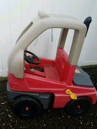 red and black Little Tikes cozy coupe Hasbrouck Heights, 07604