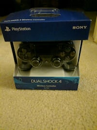 Black Wireless PS4 Controller Los Angeles, 90005