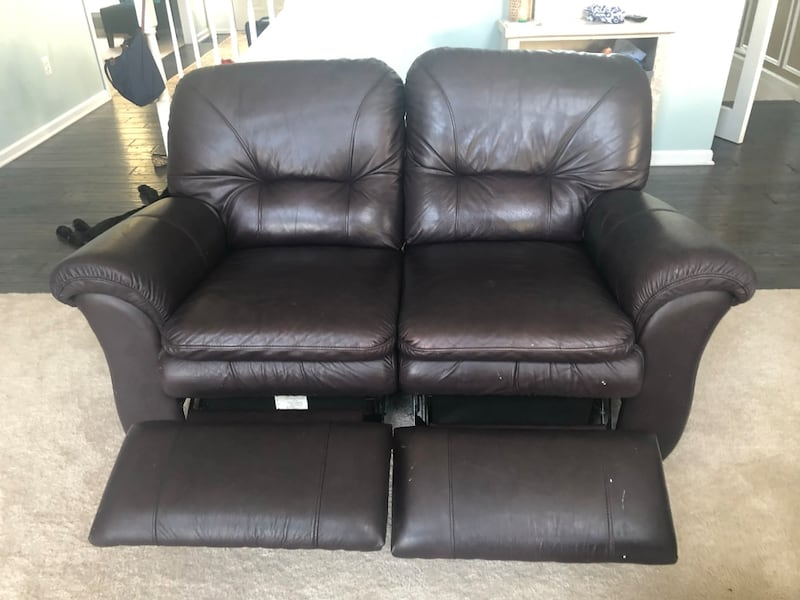 Leather couch and loveseat 718c2379-09a7-423e-9e32-301730c20104