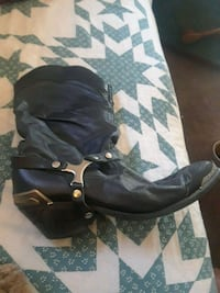 Original dingo boots 25 years old collectible York, 17403