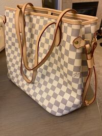 damier azur Louis Vuitton leather handbag Roseville, 95747