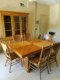 Solid oak dining table, chairs, and hutch Menifee, 92584