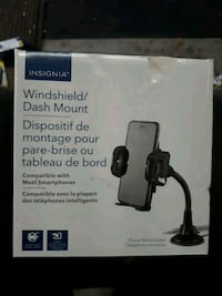 Insignia Windshield Dash Mount
