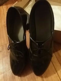 Men's shiny black dress/wedding shoes   Hagerstown, 21740