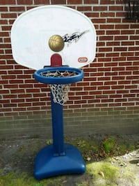 blue and white Little Tikes basketball system Portsmouth, 23701