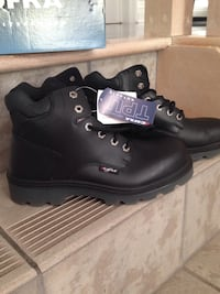 Brand New with tags Men's size 9 steel toe boots