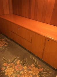Oak office sideboard Coquitlam, V3K 3G3