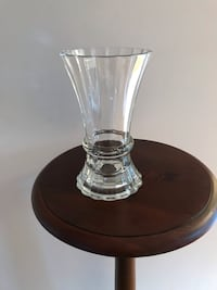 "8.5"" Heavy Vintage Glass Vase 44 km"