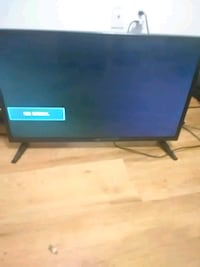 """32"""" hd led new out of the box tv 2409 mi"""