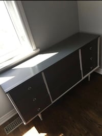 FREE DELIVERY! - BEAUTIFUL MODERN WHITE & BROWN DRESSER - GREAT CONDITION