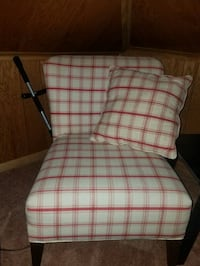 2 brand new chairs. Johnstown, 15905