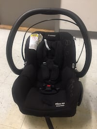 Maxi Cosi Car seat.Only $30