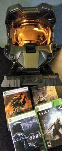 Halo 3 Legendary Edition Master Chief Helmet + Stand + Games + DVD