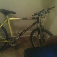 black and gray hardtail mountain bike Winnipeg, R3B 2S7