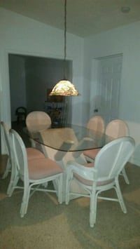 White washed barely used dining room set
