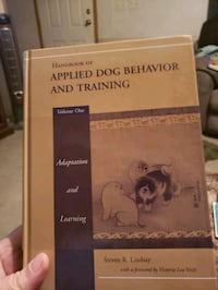 Dog traing books very good condition