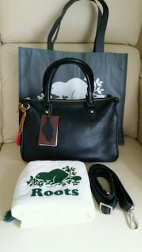 Roots small grace bag purse  Toronto, M2M 3X4