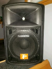 3 Powered 12s box with built amp n Receivers Toronto