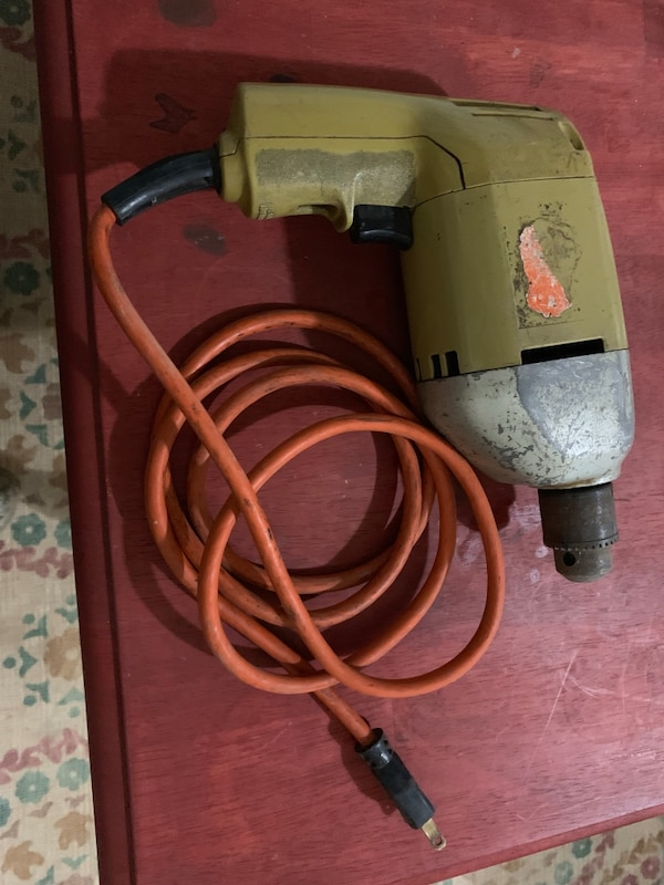 Black and Decker Drill Excellent Condition