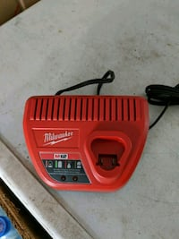 M12 Battery charger