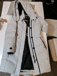 Winter jacket White Edmonton, T6M 2N5
