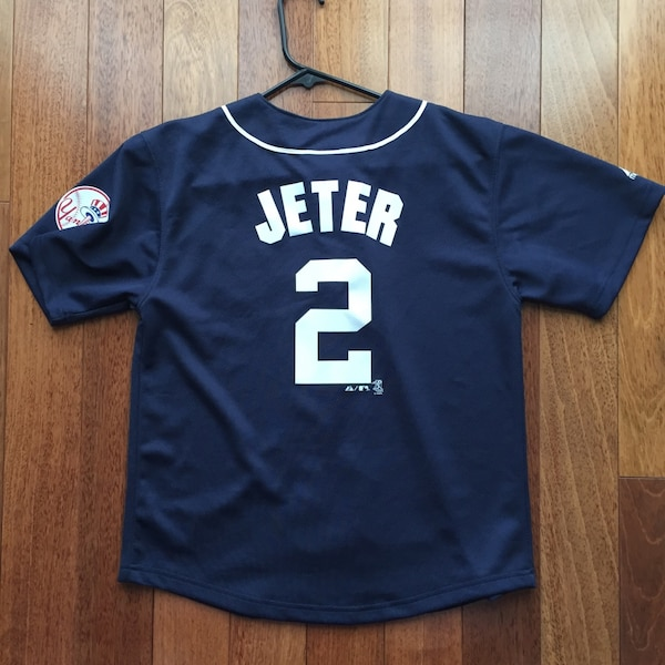 low priced f6d78 7d82d Youth New York Yankees Derek Jeter Jersey by Majestic.