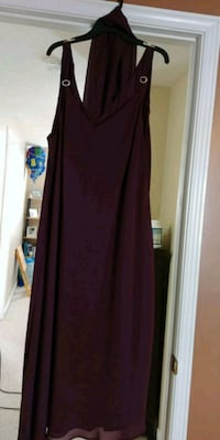 Plus Size Womans Dress Guelph, N1E