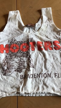 women's white, brown, and red Hooters printed tank crop top Centreville, 20121