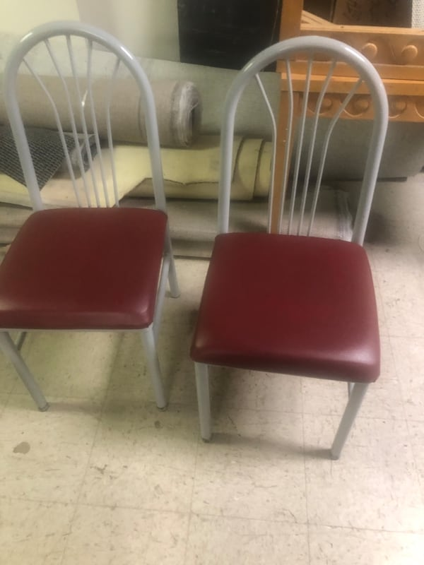 Cafe chairs a64a3fc2-7662-4919-b018-174389a14d1f
