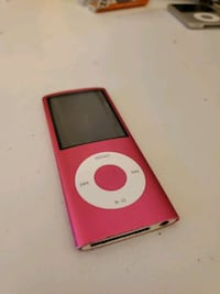 iPod Nano 4th gen 8gb pink