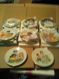 Avon Mothers Day Plates MARTINSBURG