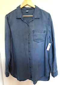 BNWT Old Navy Shirt New Westminster, V3L 5C6